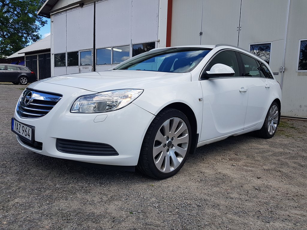 Opel Insignia Sports Tourer 2.0 CDTI 130hk,Drag