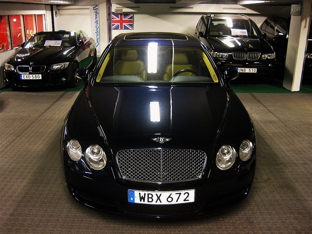 Bentley Continental  Flying  Spur mulliner w12