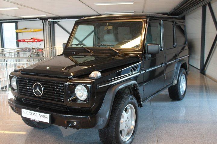 Mercedes-Benz G Gelandewagen 300 D