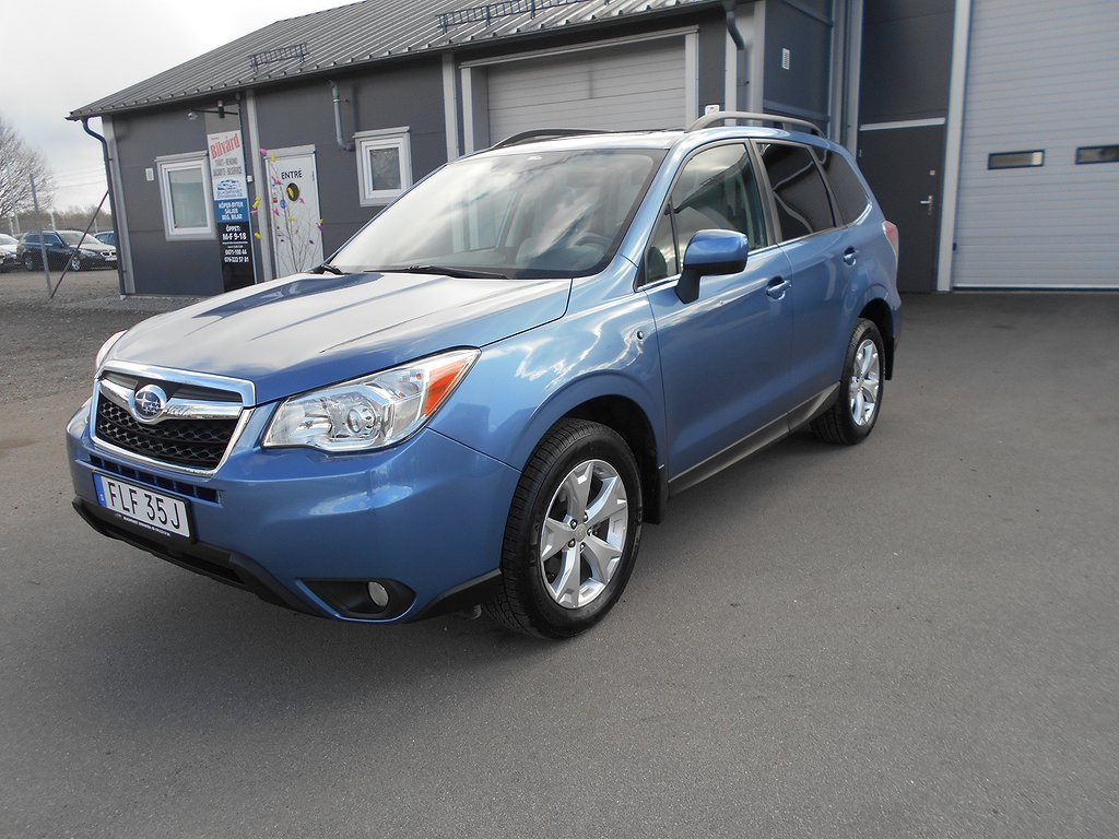 Subaru Forester 2.5 4WD Lineartronic 172hk