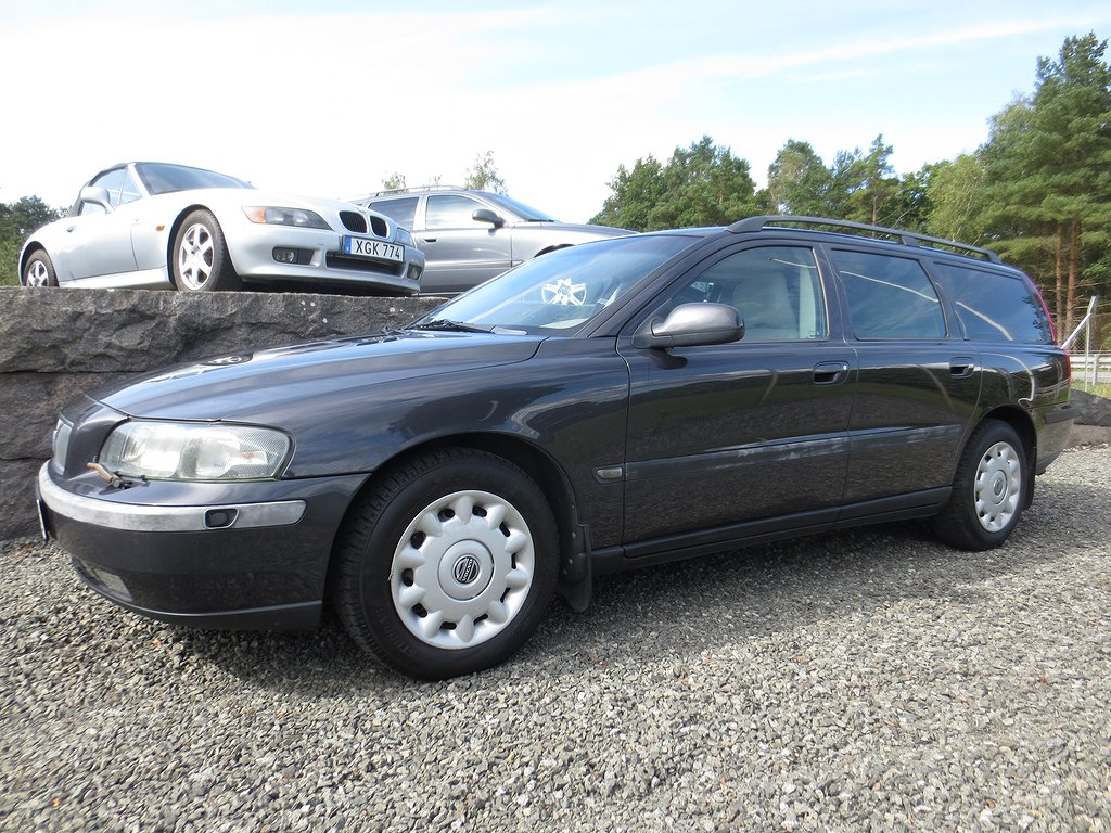 Volvo V70 2.4 Business 140hk