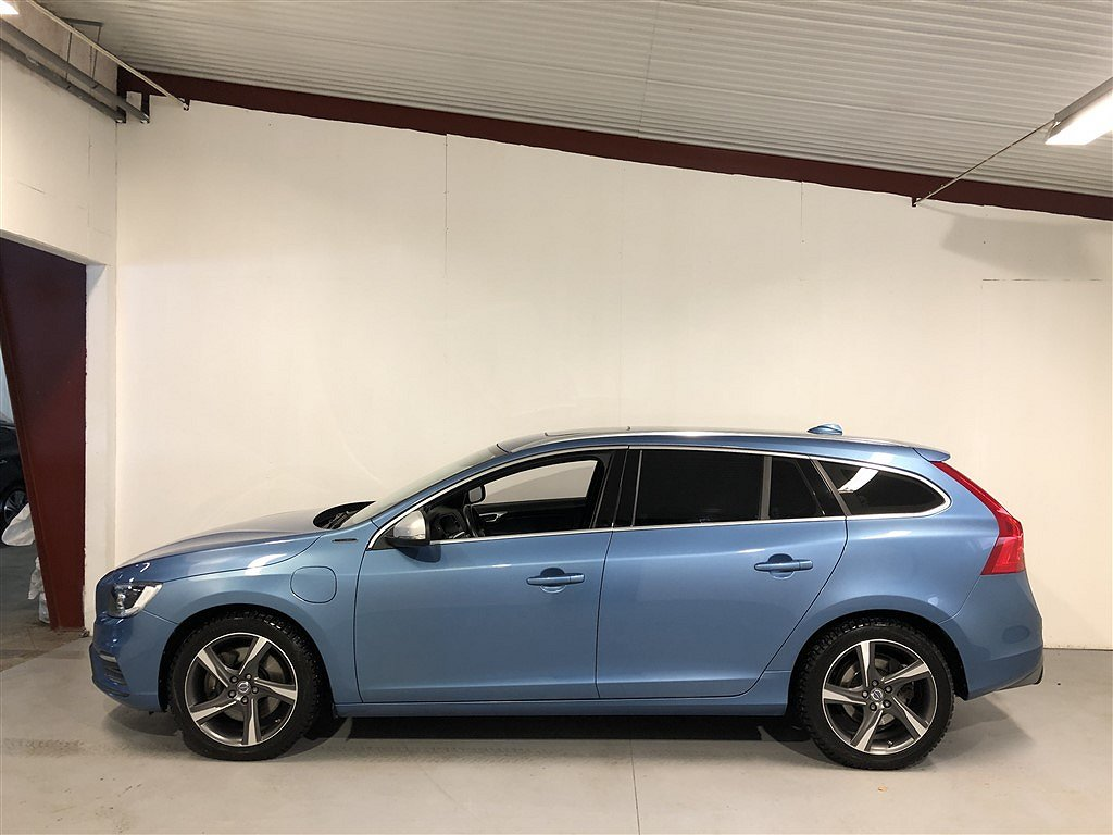 Volvo V60 D5 Plug-in Hybrid AWD(231Hk)R Design Navi Backk