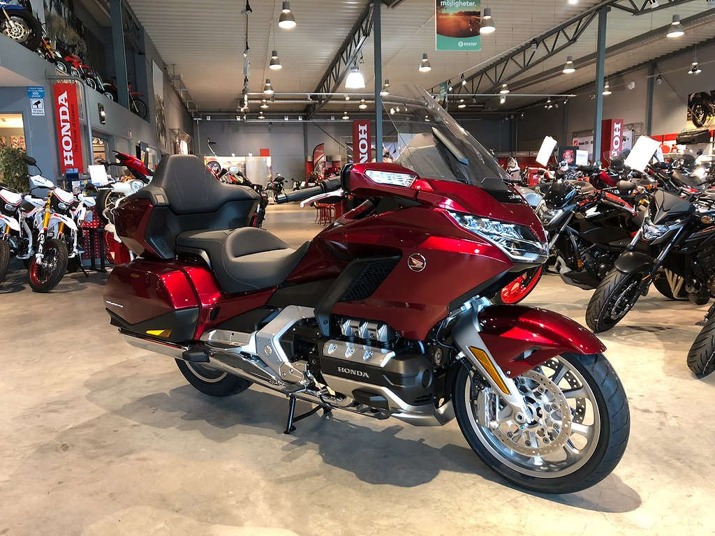 Honda GL1800 Goldwing Tour