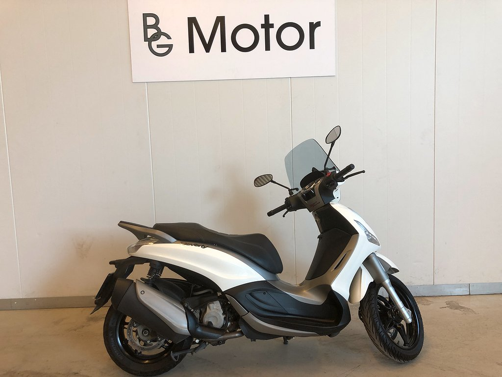 Piaggio Beverly 350 Sport Touring ABS ASR
