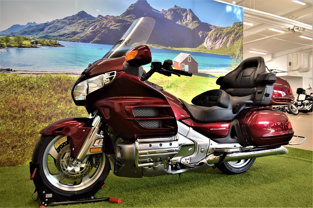 Honda Goldwing 1800 ABS Nyservad Lågmil