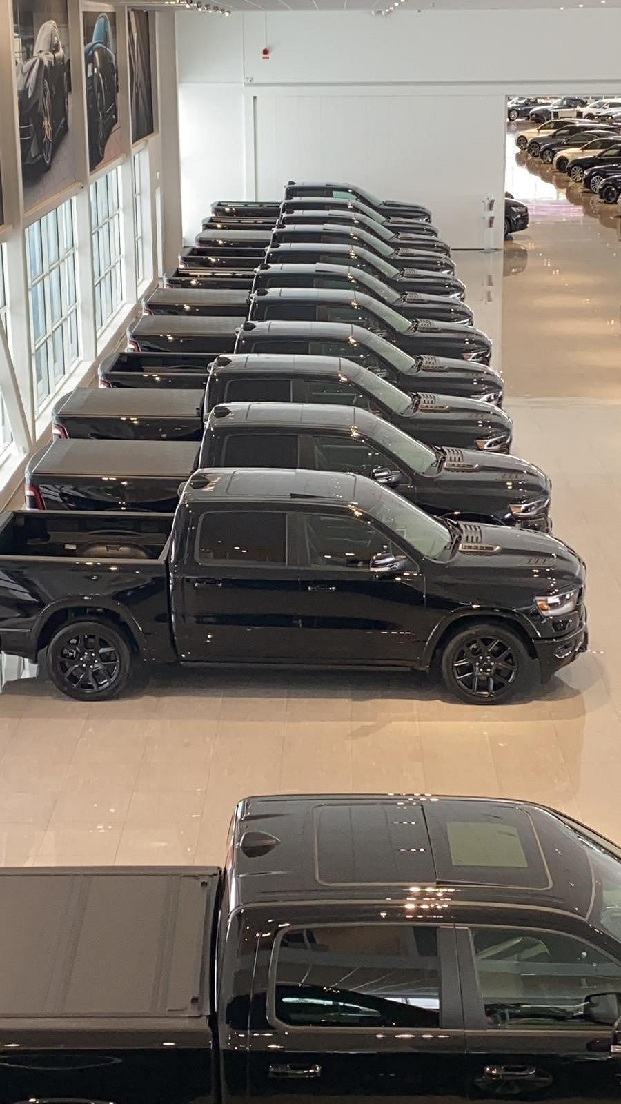 Dodge Ram 1500 Limited Black EDT LEASEBAR / 2021