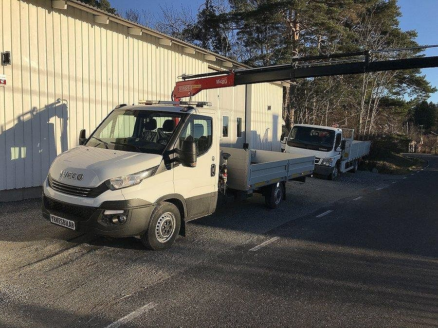 Iveco Daily 35S16 Kranbil Fassi M25 Radiostyrning