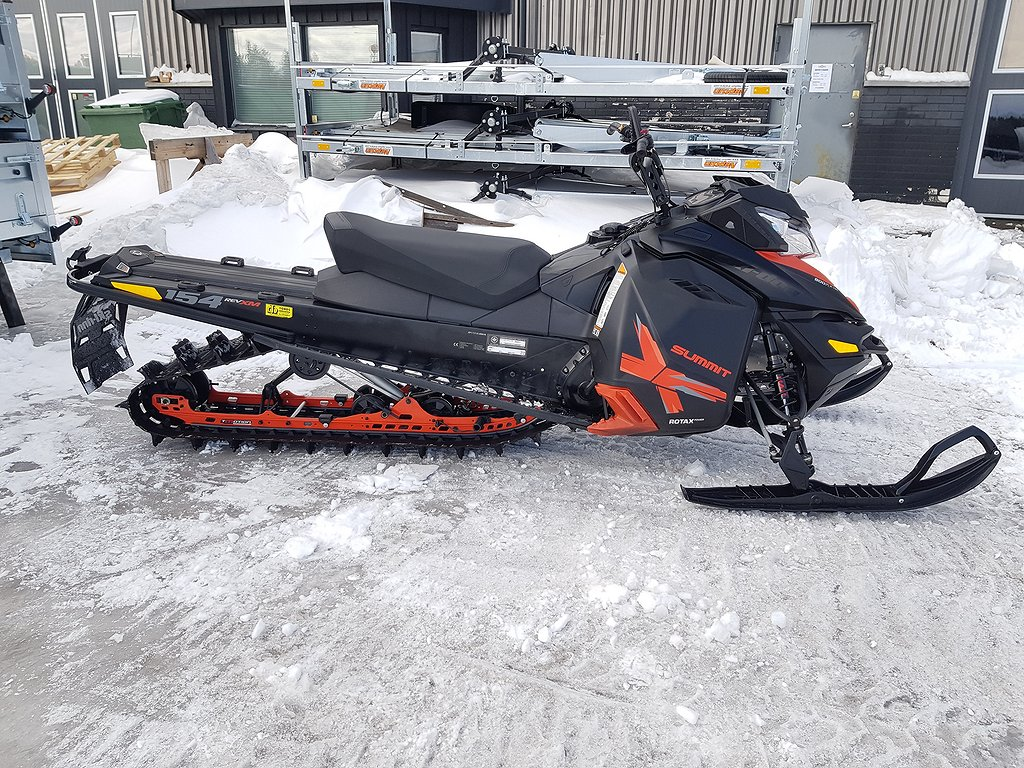 Ski-doo Summit 800 154