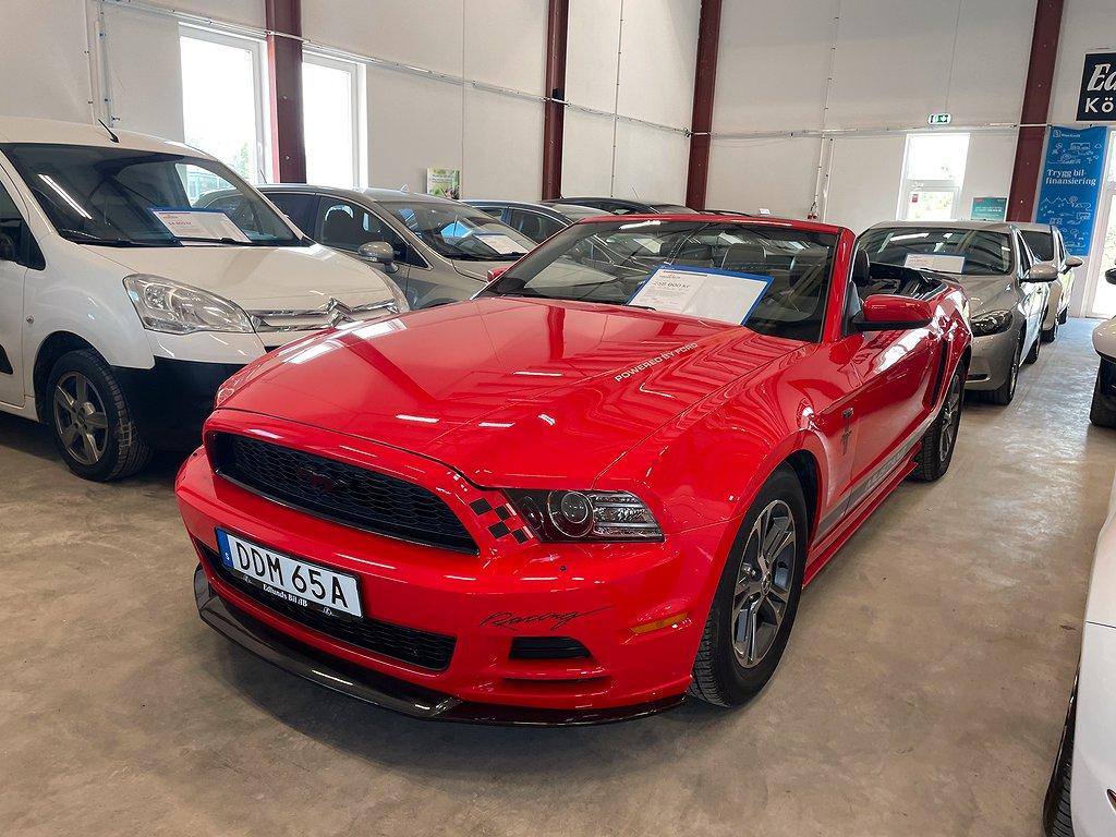 Ford Mustang Cabriolet 3.7 V6 Automat 304hk