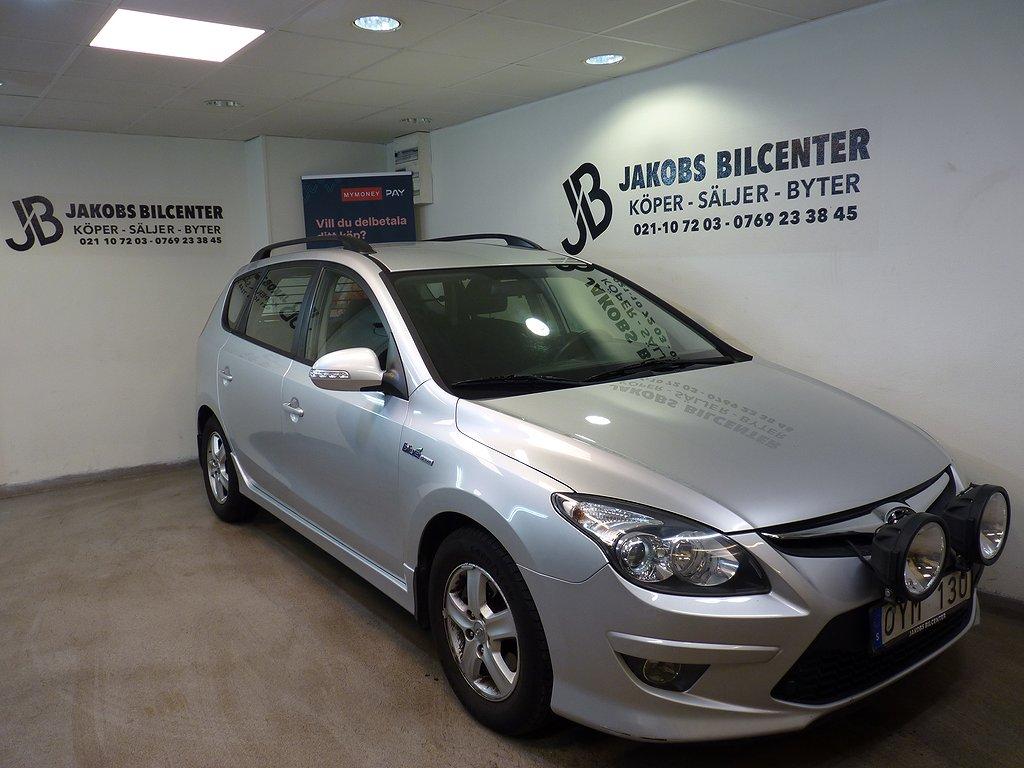 Hyundai i30 cw 1.6 CRDi 116hk, Besiktigad kamkedja