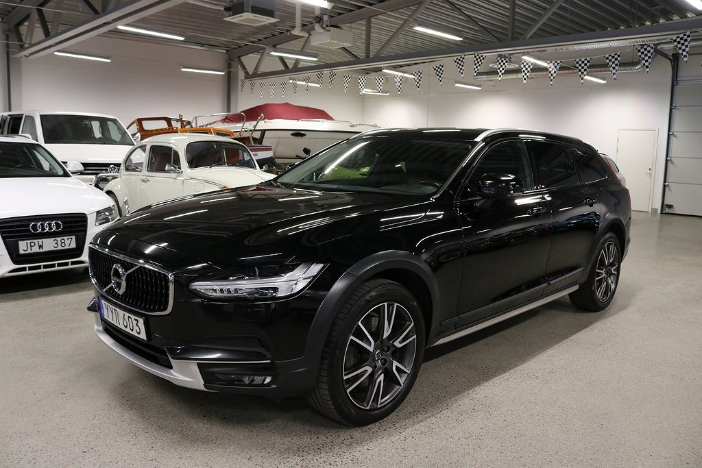 Volvo V90 Cross Country D4 AWD Momentum Plus VOC 190hk