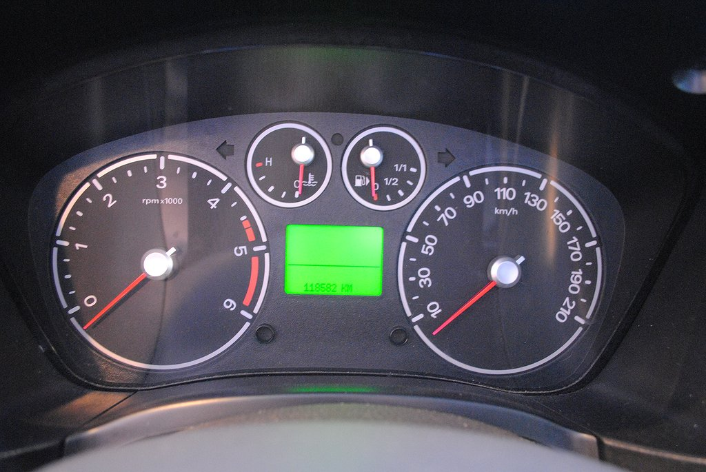 Ford Connect 1.8 TDCi 90hk *Drag*