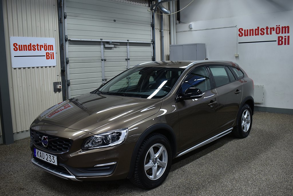 Volvo V60 Cross Country D4 190Hk AWD Momentum BE Aut
