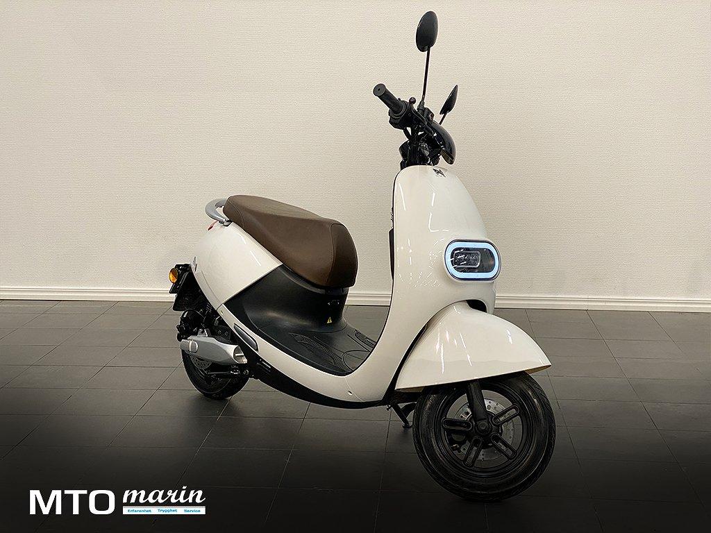 LN LX02 Vespa style el scooter, vit OMG leverans