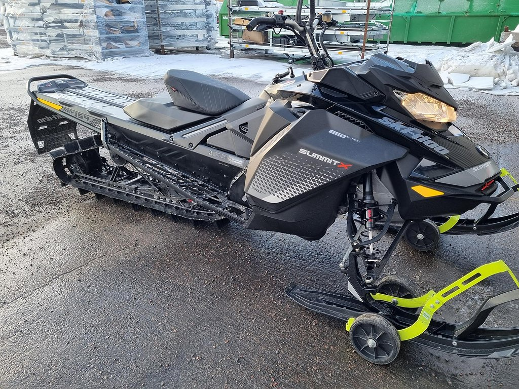 Ski-doo Summit X 154 850