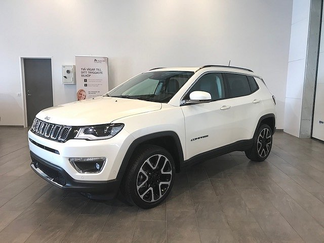 Jeep Compass COMPASS LIMITED 1.4 170HK AWD Privatleasing 3999 Kr