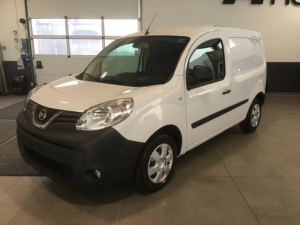 Nissan NV250 95hk L1 Working Star 3-sits