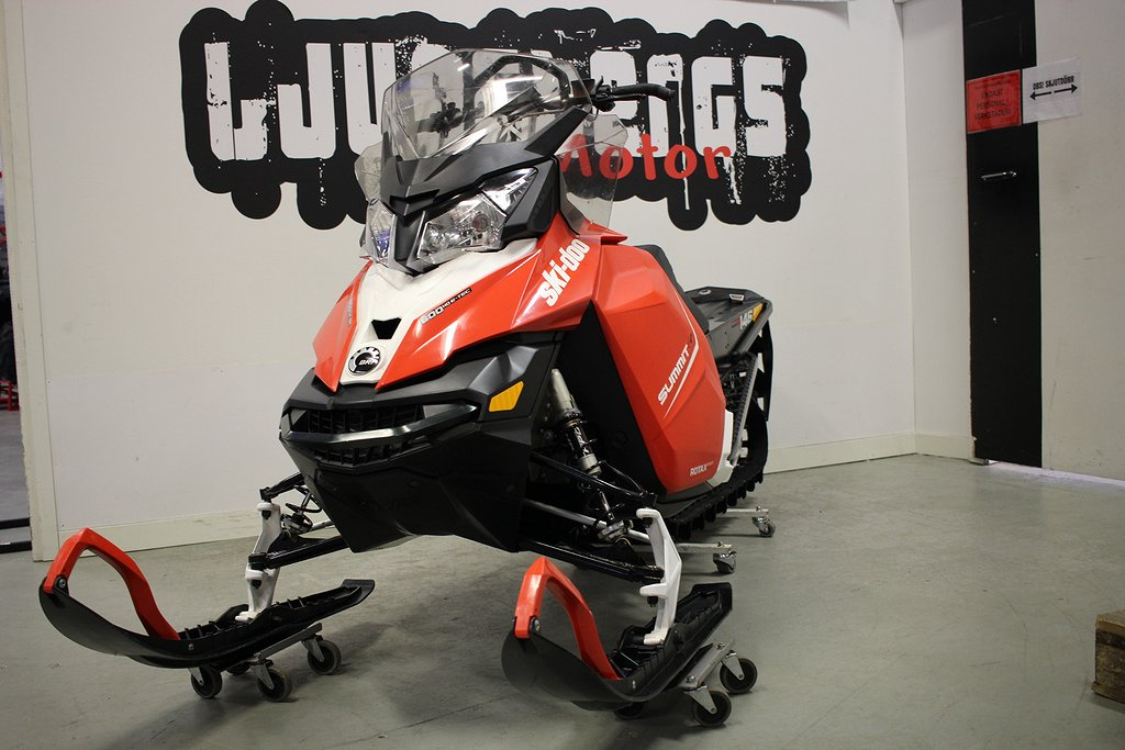 "Ski-doo Summit SP 146"" 600 E-Tec 2015"