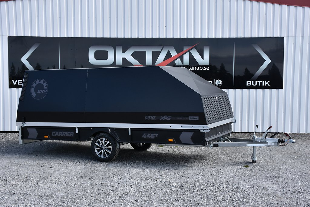 BRP Carrier 445 TXI Kåpa Black Edition