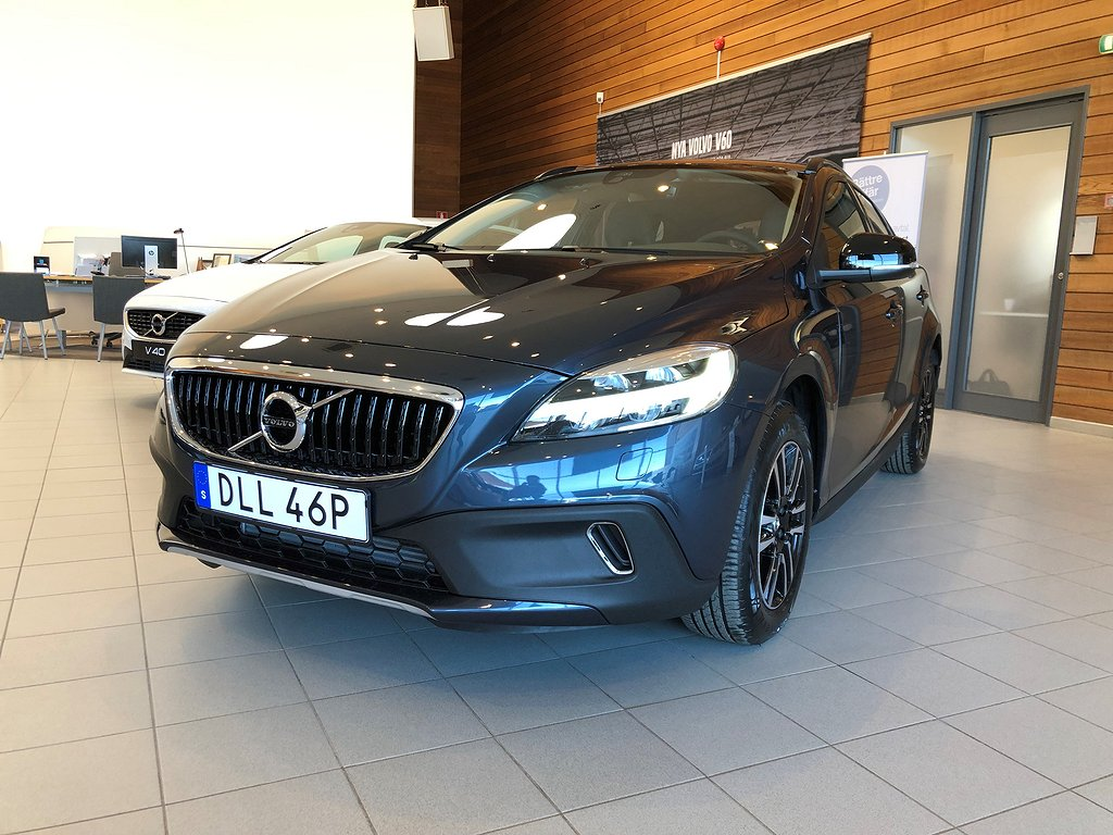 Volvo V40 Cross Country T3 Adv Edition Automat