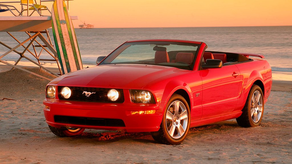 The production 2005 Mustang GT convertible.