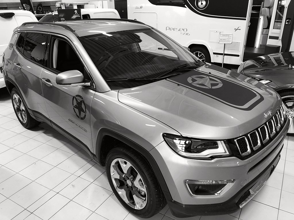 Jeep Compass LIMITED 170hkr Bensin 4WD