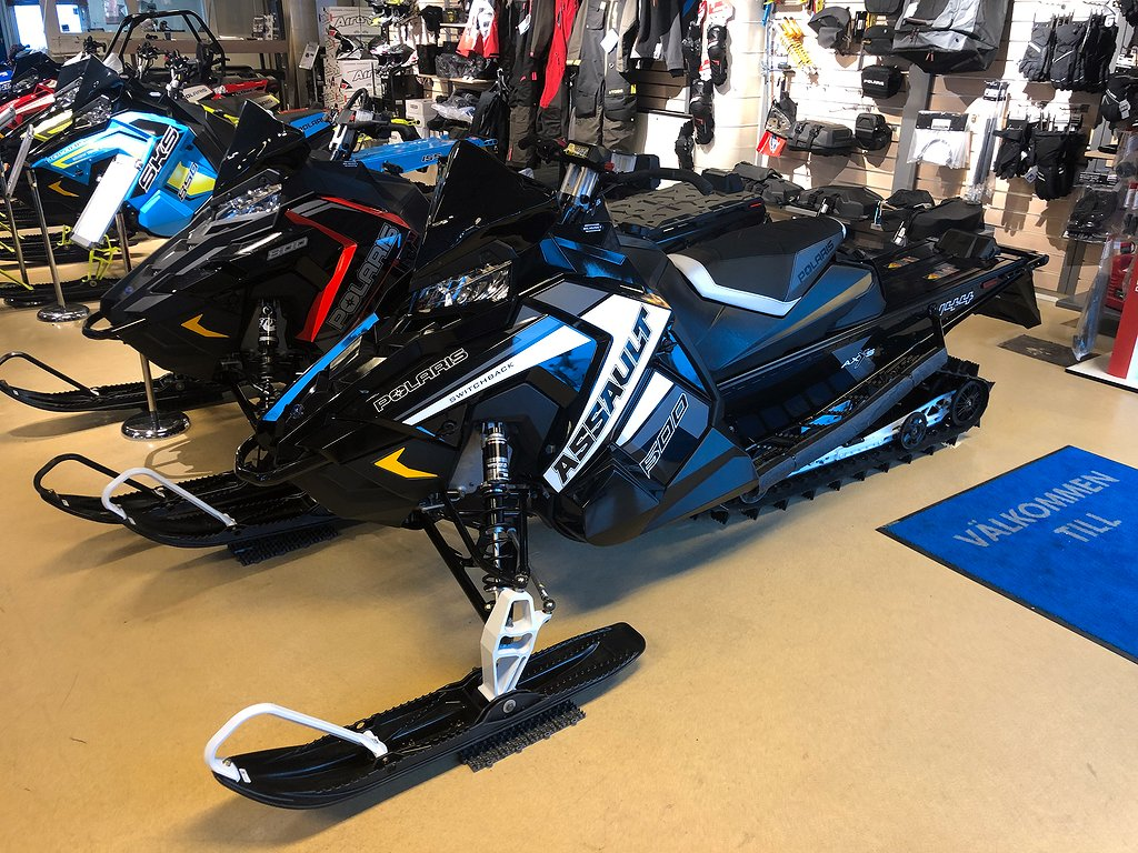 Polaris 600 Switchback Assault Black Pearl -19