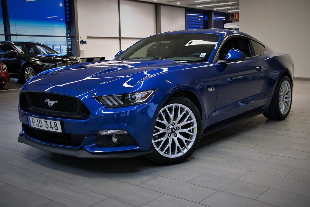 Ford Mustang GT 5.0 V8 421hk A Fastback