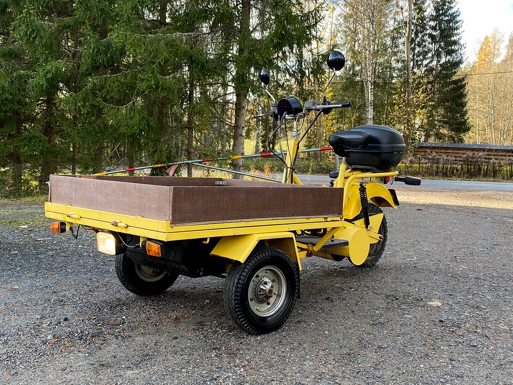 Eloped Norsjö Carrier Electric FLAKMOPED