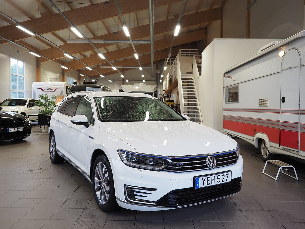 Volkswagen Passat GTE Aut Executive Business 218hk 2017