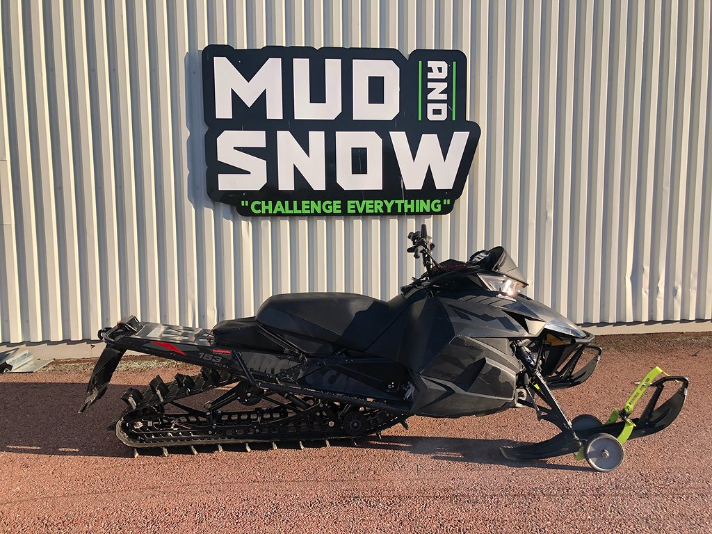 Arctic Cat M8000 LTD ES
