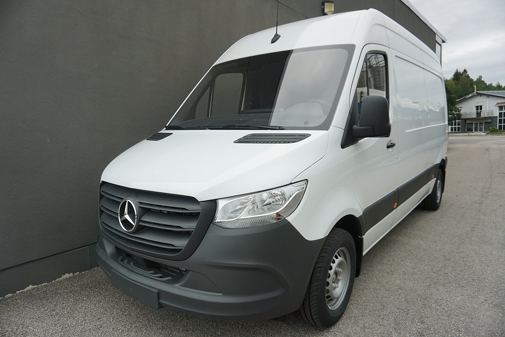 Mercedes-Benz Sprinter 211 CDi Fighter Skåp