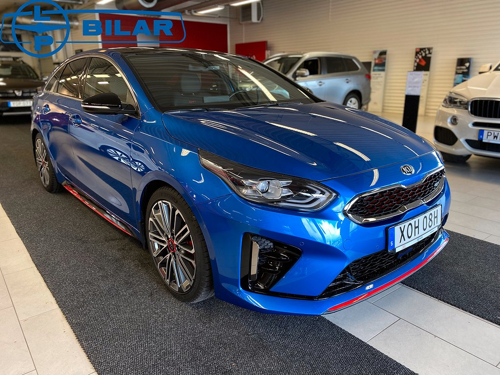 Kia ProCeed GT PANORAMA 1.6 T-GDI DCT 204hk V-Hjul, DRAG, nyservad