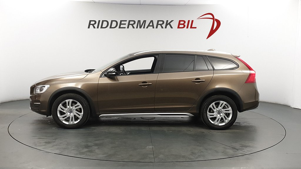 Volvo V60 Cross Country D4 190hk AWD D-VÄRM VOC