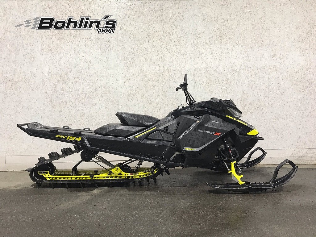 Ski-doo Summit X 154
