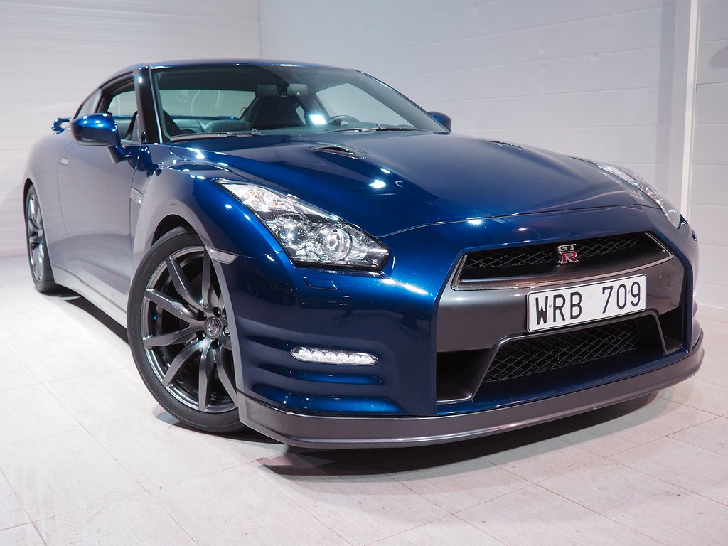Nissan GT-R Premium Edition JRM steg 6 675hk / Sv-såld 2011