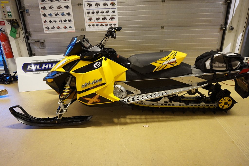 "Ski-doo Summit 600 E-tec 146"" -09"