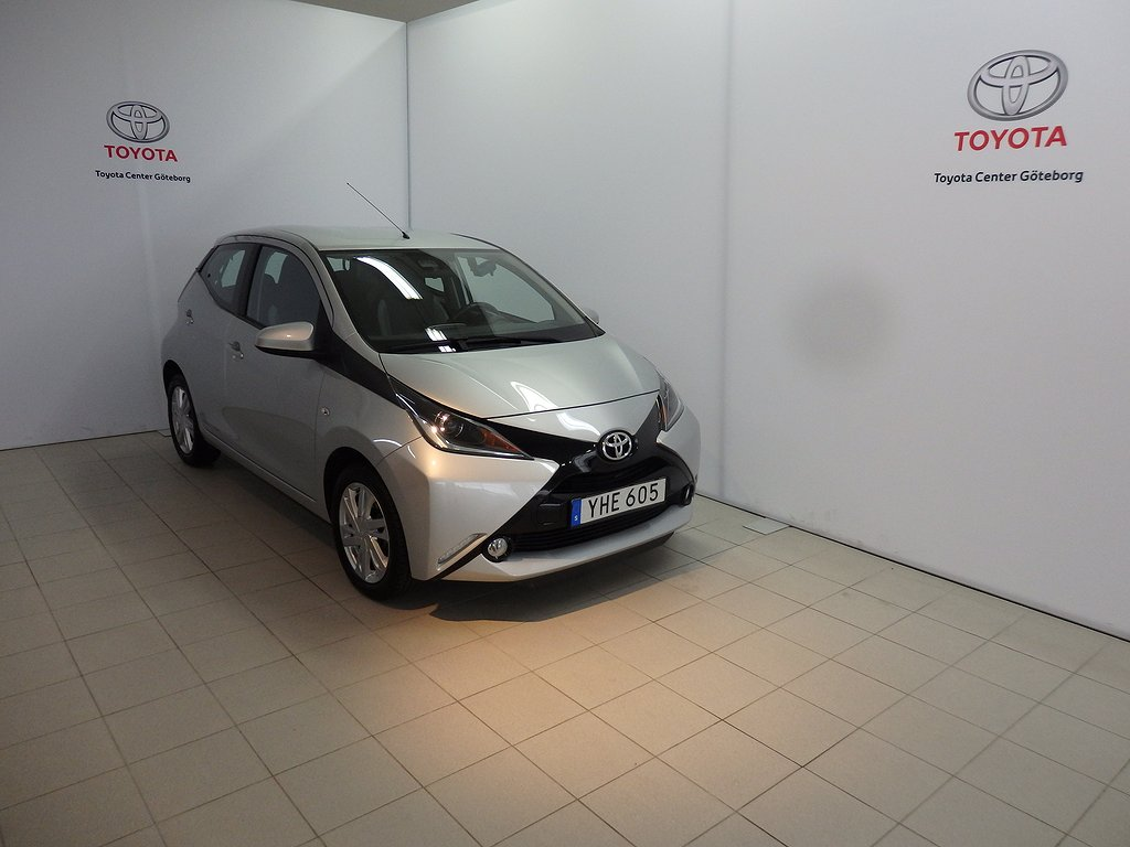 Toyota Aygo 1,0 5-D X-PLAY TOUCH