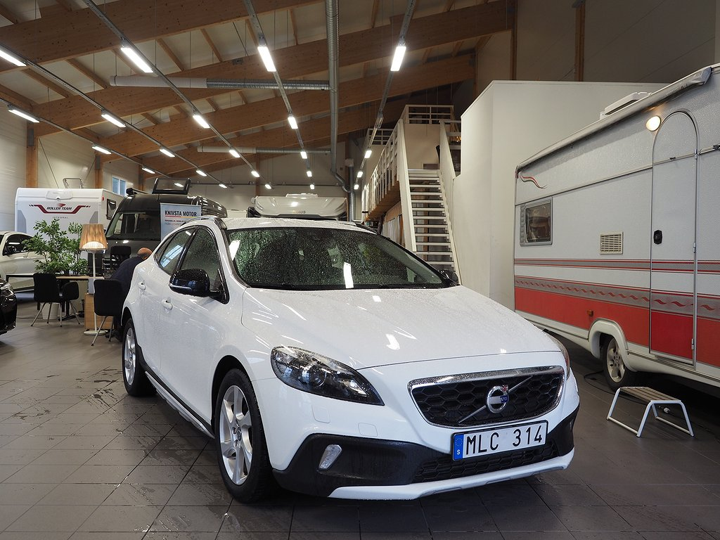 Volvo V40 Cross Country D2 Momentum BE 115hk 2014