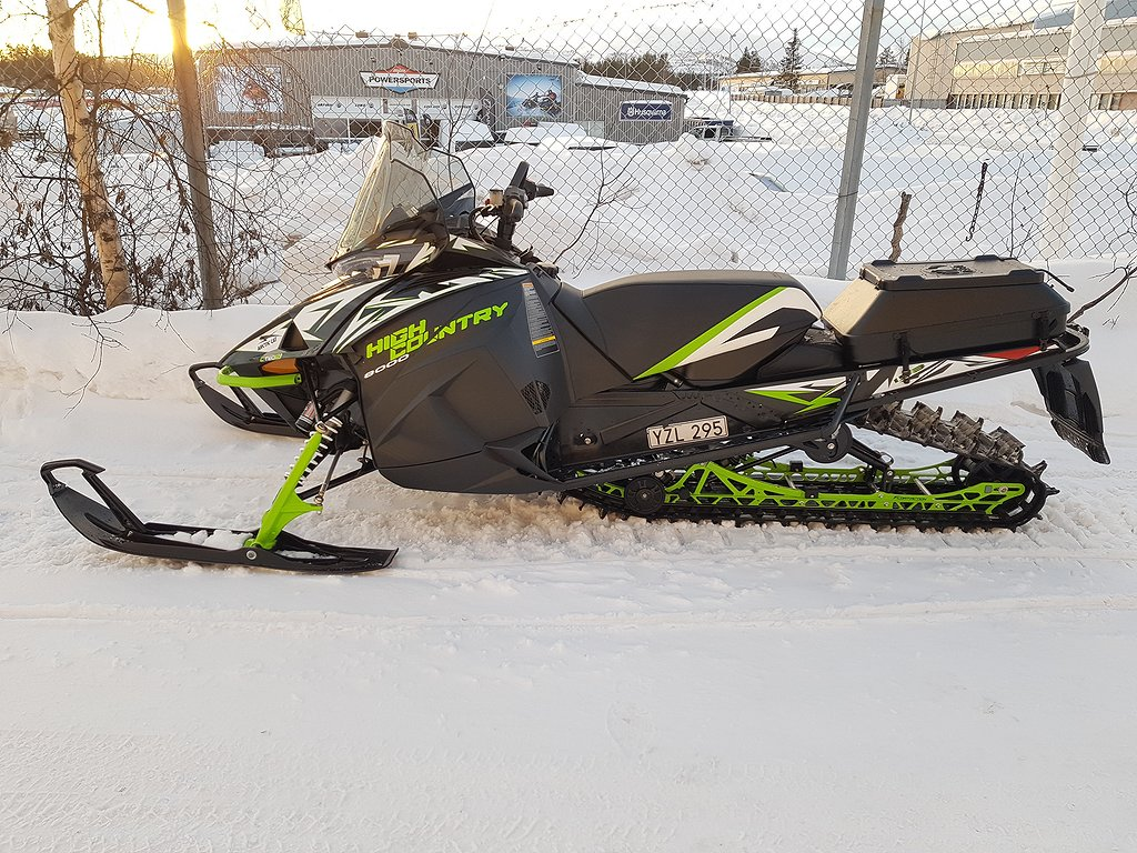 Arctic Cat XF 8000 HIGHCOUNTRY 153