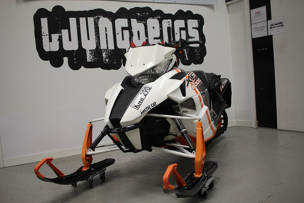 Arctic Cat XF 8000 Limited 2015