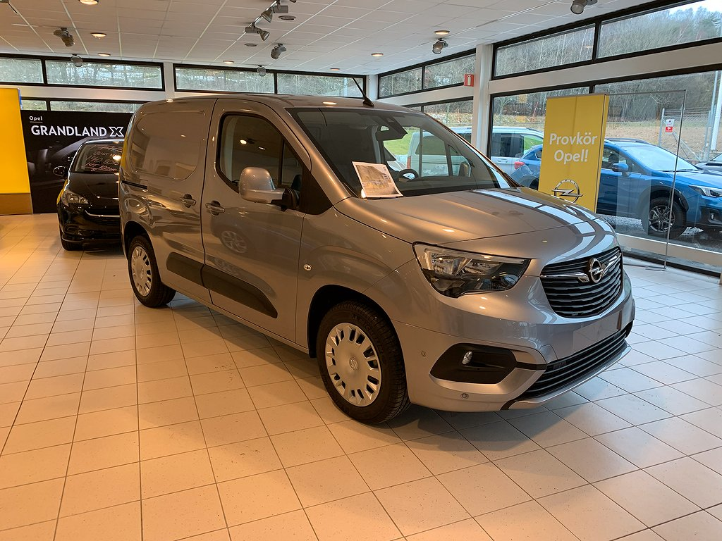 Opel Nya Combo LAUNCH EDITION L1H1 Diesel 100hk S/S