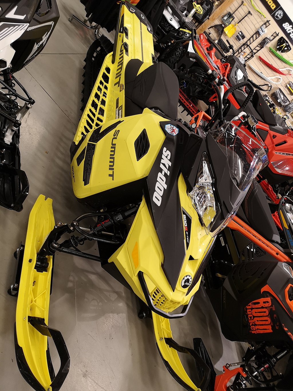 Ski-doo Summit X 174