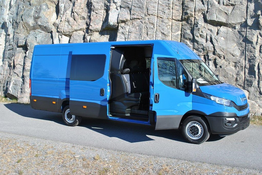 Iveco Daily 35S16V 7-Sits MultiCab Lång WB