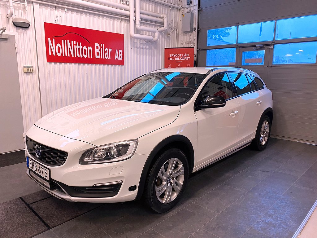 Volvo V60 Cross Country D3 Automat/ Momentum