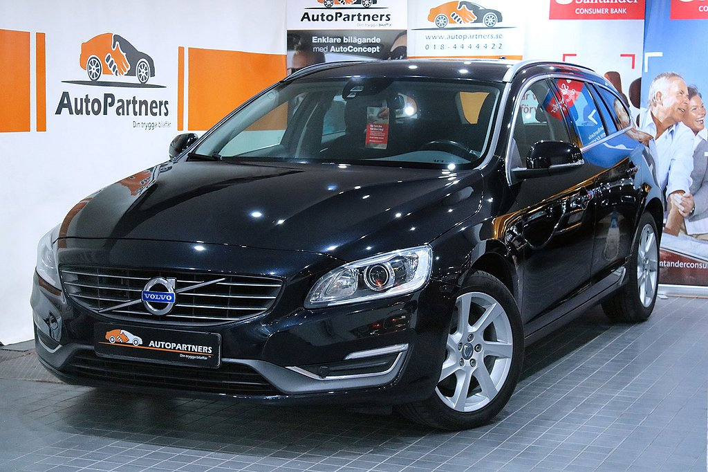 Volvo V60 D4 AWD AUT VOC Momentum NYBYTT KAMREM TOPPSKICK!
