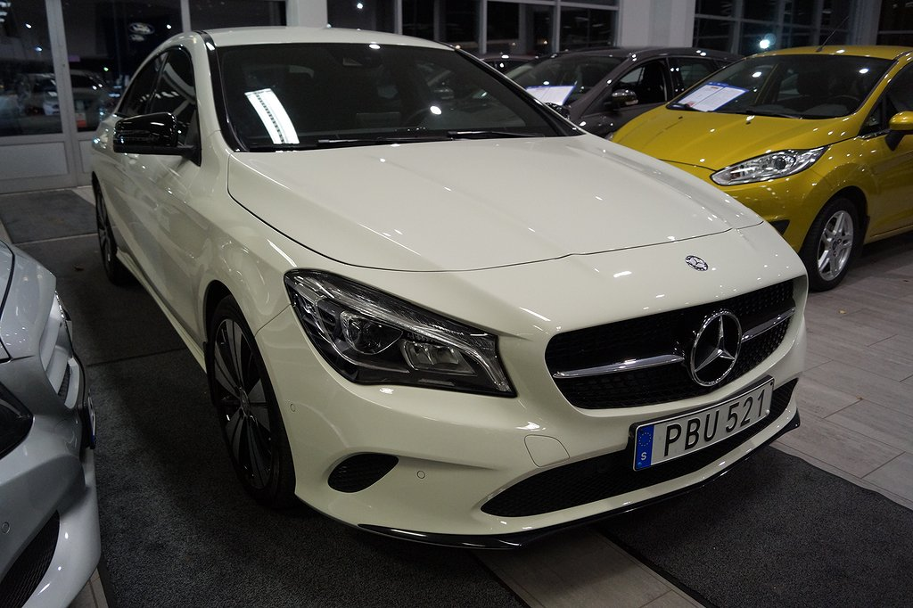 Mercedes-Benz CLA 200 d 4MATIC / Night package