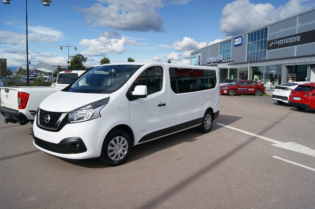 Nissan NV300 Combi 9-sits 145Hk Automat Working Star