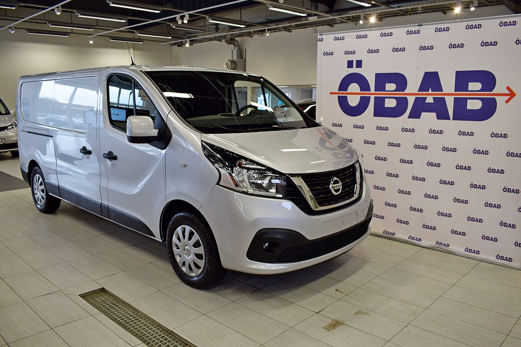 Nissan NV300 Working Star 2st. Skjutdörrar