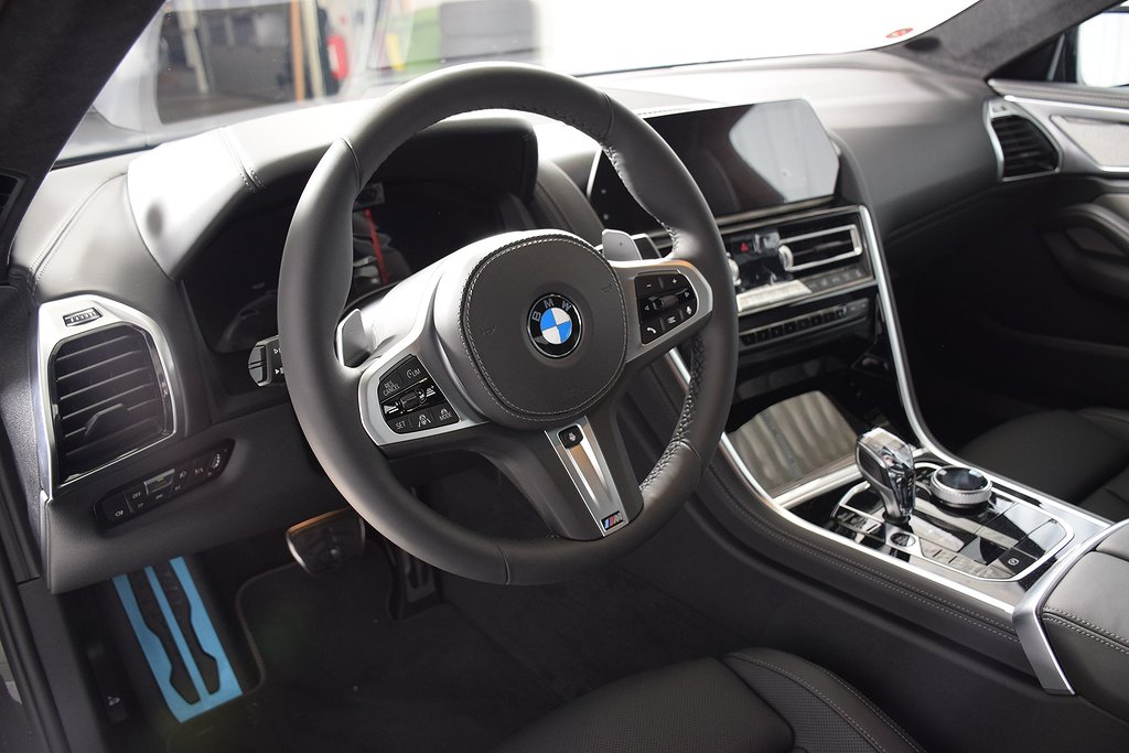 BMW M850 i xDrive Coupe / Laser / Carbon